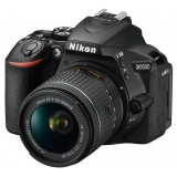 "Зеркальный Фотоаппарат Nikon D5600 черный 24.2Mpix 18-55 VR AF-P f/3.5-5.6G 3"" 1080p Full HD SDXC Li-ion(VBA500K001)"
