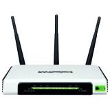 Маршрутизатор TP-Link TL-WR940N 802.11n/b/g 300Mbps, 4x10/100 LAN, 1x10/100 WAN, три внешние антенны 3dBi